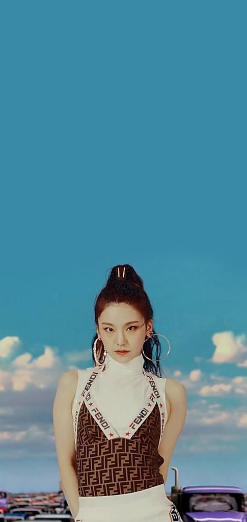 Itzy Mv 달라달라 Dalla Dalla Ye Ji Lia Ryu Jin Chae
