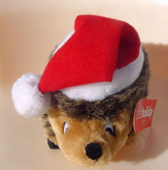 XMAS NWT Hedgehog Santa Hat Squeaks Plush Puppies
