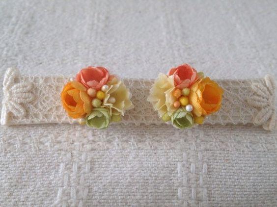 すべて一枚一枚染めて、こてあてした染め花です。手染めの小さなお花と花芯(ペップ)で作ったピアスです。下記の注意事項をよくお読みください。花の部分:1.8cm☆... ハンドメイド、手作り、手仕事品の通販・販売・購入ならCreema。