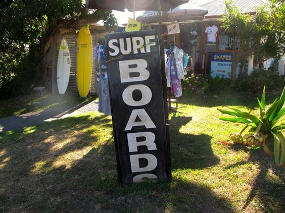 5 Things to do on Straddie | #5: Fossick in the shops