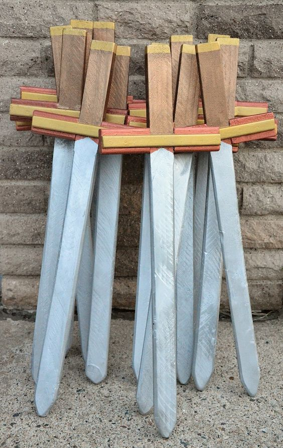 How to make these cool toy swords