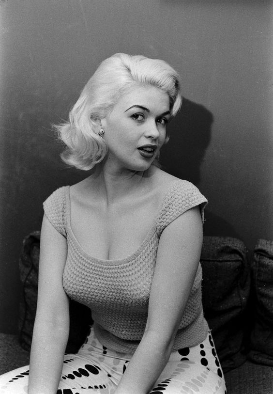 Jayne mansfield photographed by peter stackpole for life for How old was jayne mansfield when she died