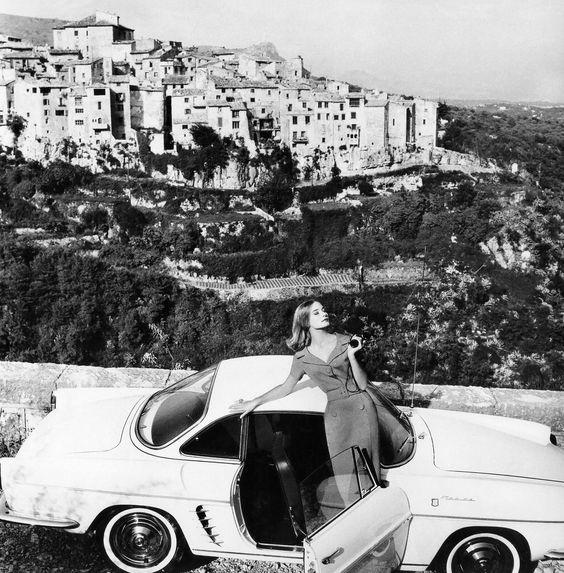 Tania Mallet par Eugene Vernier, 1960