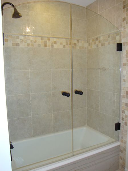 Tub shower combo shower doors and tub shower doors on for Bathroom door ideas
