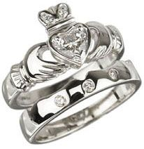 18k White Gold Diamond Heart Claddagh Brilliant cut Diamond and 18k  #Claddagh engagement/wedding ring