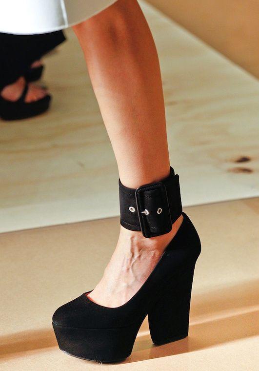Dizzy Strap Heels