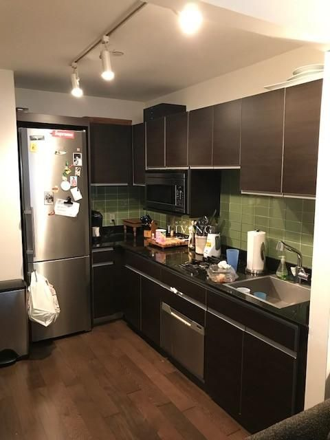New York Apartments Financial District 3 Bedroom Apartment For Rent Apartments For Rent Living Room Kitchen Apartments For Sale