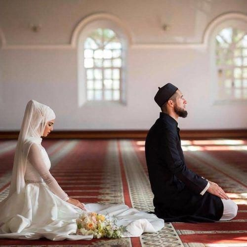 Powerful Dua To Make Husband Obedient Wazifa For Controlling Husband Muslim Couple Photography Muslim Couples Cute Muslim Couples
