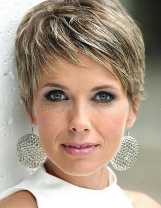 Short Hairstyle For Older Women With Fine And Fine Hair Health Food Is Medicine Fine Food Hair In 2020 Short Hair Styles Older Women Hairstyles Thin Fine Hair