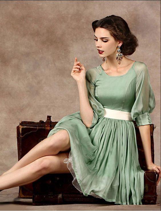 Pin By Debbie Taylor Brown On Classy Classic Retro Dresses Vintage Green Dress Womens Fashion Vintage Fashion