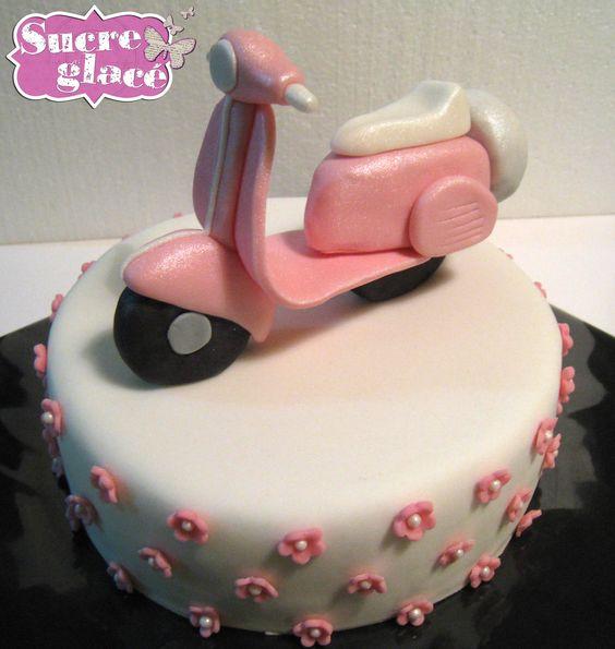Vespa cake sucre glac pinterest vespa cake vespas for Vespa decoration