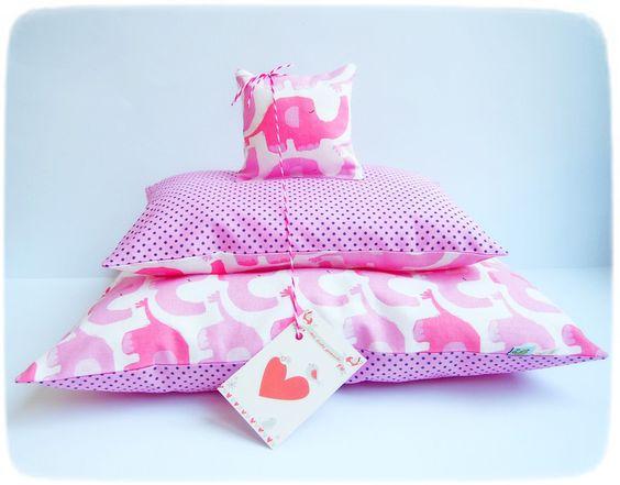 """Puppenwagen - Puppenbettzeug: """"Rosa`s  Elefantenherde"""" - ein Designerstück von Miss_Rosaly bei DaWanda"""