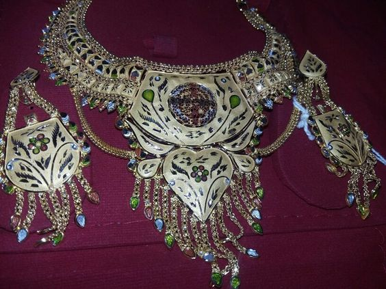 CHINAR JEWELLERS PULWAMA...  Necklace.... Necklace.... Necklace.