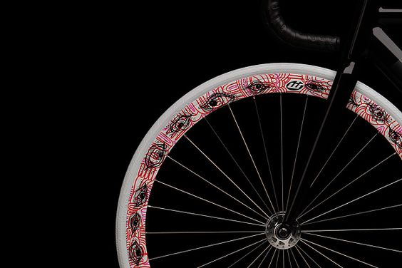 This is the second installment in the series coordinated by WIT Industries between Dutch marque Koga and street artists from The Netherlands. Each artist is given a Koga Senko frame and wheels to decorate, the final result is a rolling art gallery.