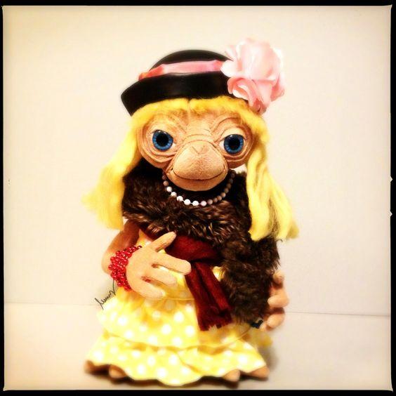 E.T. Dress-Up