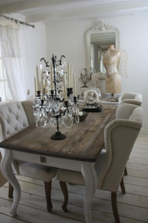 This Makes Me Want To Find An Old Table And A Pallet So Amazingly Stunning Shabby Chic Dining Room Design Ideas