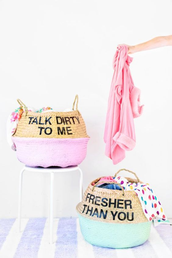 DIY BLOGS | Graphic Laundry Baskets by studiodiy.com