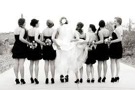 Bildergebnis für bride and bridesmaid