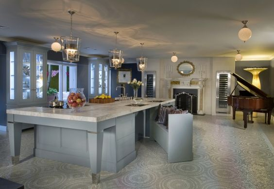 Design: Karen Williams & Robert Schwartz Photo: St. Charles - hidden bench for kitchen island
