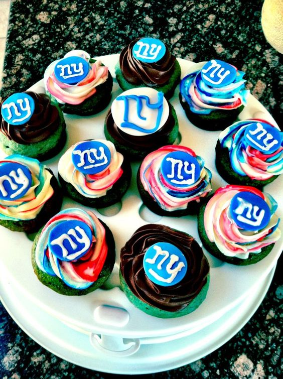 NY Giants Superbowl 46 Cupcakes