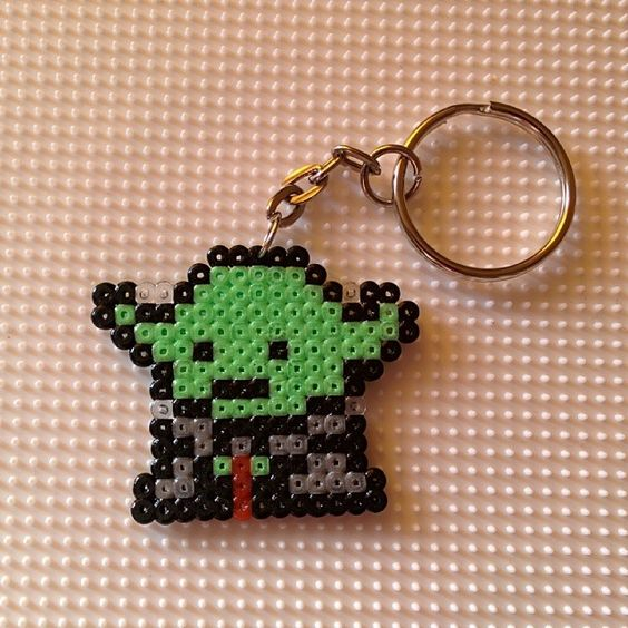 yoda star wars keyring hama mini beads by montse akane perles repasser pinterest ps war. Black Bedroom Furniture Sets. Home Design Ideas