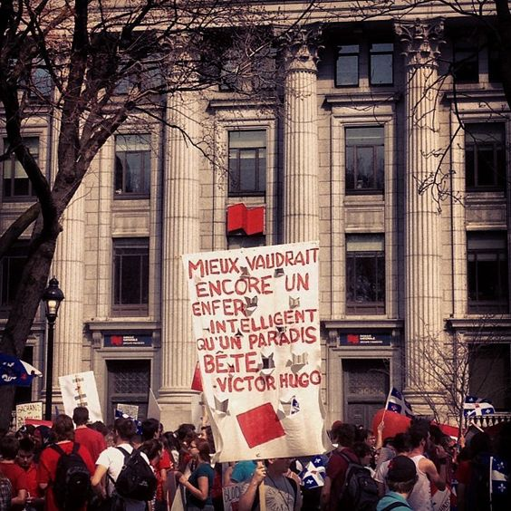 200,000 students marched in the streets of Montreal to protest against tuitions hikes   - March 22th 2012 by Phil Rochefort