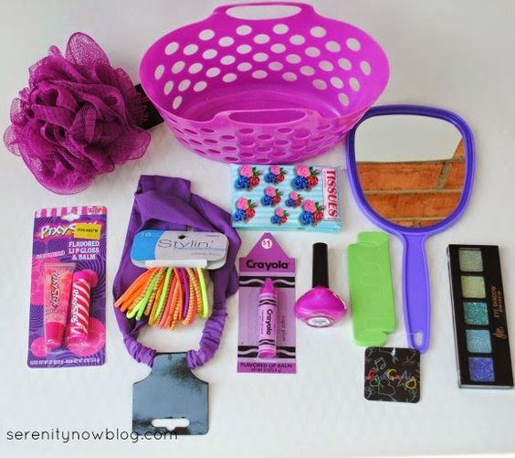 What to include in a little girl's gift basket (plus more theme ideas for girls AND boys!) from Serenity Now