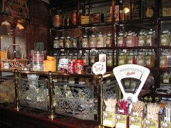 Codlinsandcream2: The Corner Shop in the late 1950s
