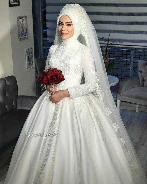 Iddiaaliyiz Butun Guzeller Bizde Kristalgelinlik Kristalinguzelgelinleri Tesetturgelinlik Teset Muslim Wedding Dresses Hijab Wedding Dresses Muslim Wedding