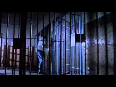 En Enfer Dans L Enfer 2003 Film Complet Francais Jean Claude Van Damme Youtube Alcatraz Mission Film