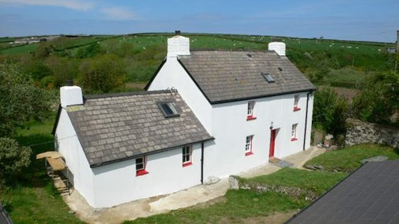 White holiday cottage - Lleine Price, Mwnt, Cardigan Bay, Wales