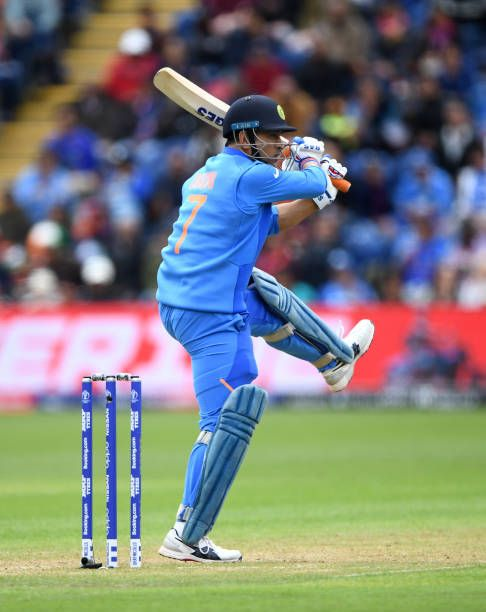 Pin On Dhoni