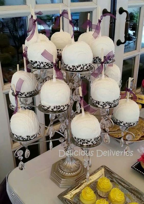 Gourmet candy apples(white chocolate):