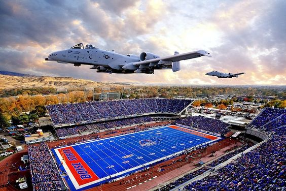 No place like BOISE, IDAHO & our Boise State Broncos. Only 9 days 20 hours and 57 minutes until I can go back to the city of trees!