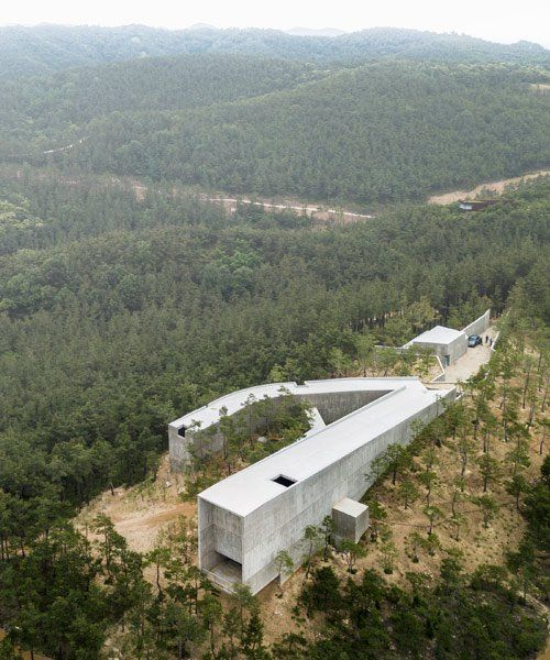 Alvaro Siza And Carlos Castanheira Populate South Korean Forest With Concrete Structures Alvaro Siza Concrete Structure Structure Architecture