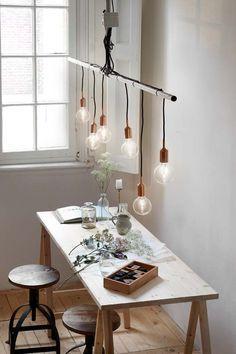 KARWEI | Deze lamp zorgt gelijk voor sfeer bij de tafel. #karwei #verlichting #wooninspiratie: