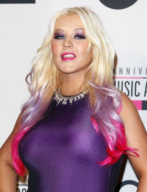 Christina Aguilera looks tiny in new perfume advert - 3am & Mirror Online