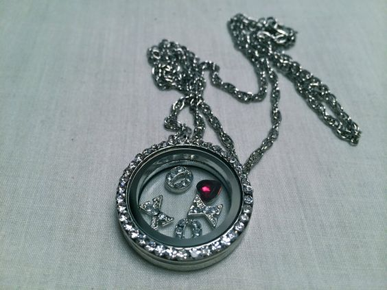 XOXO Kisses and Hugs Locket Necklace 21 inch by EmpyreanByDamaris