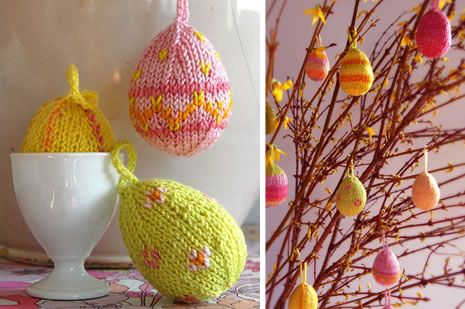 easter craft: knitted eggs