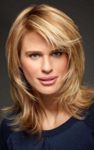 Coupe cheveux femme mi long dégradé - http://lookvisage.ru/coupe ...