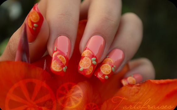 Nail art: Summer nail art designs: