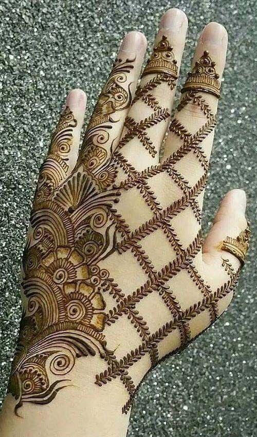 Charming Mehndi Design