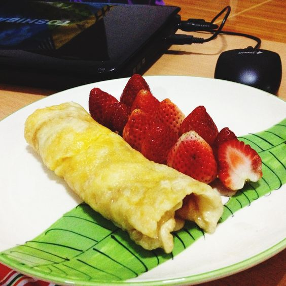 Strawberry with Roti