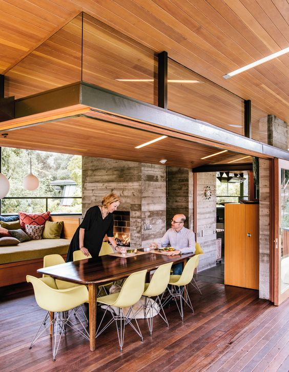 Mary Blodgett and Carlton Calvin initially approached Fung + Blatt to design a ceramics studio on their Southern California property, which contains a 1950s house by modernist architect Calvin Straub.