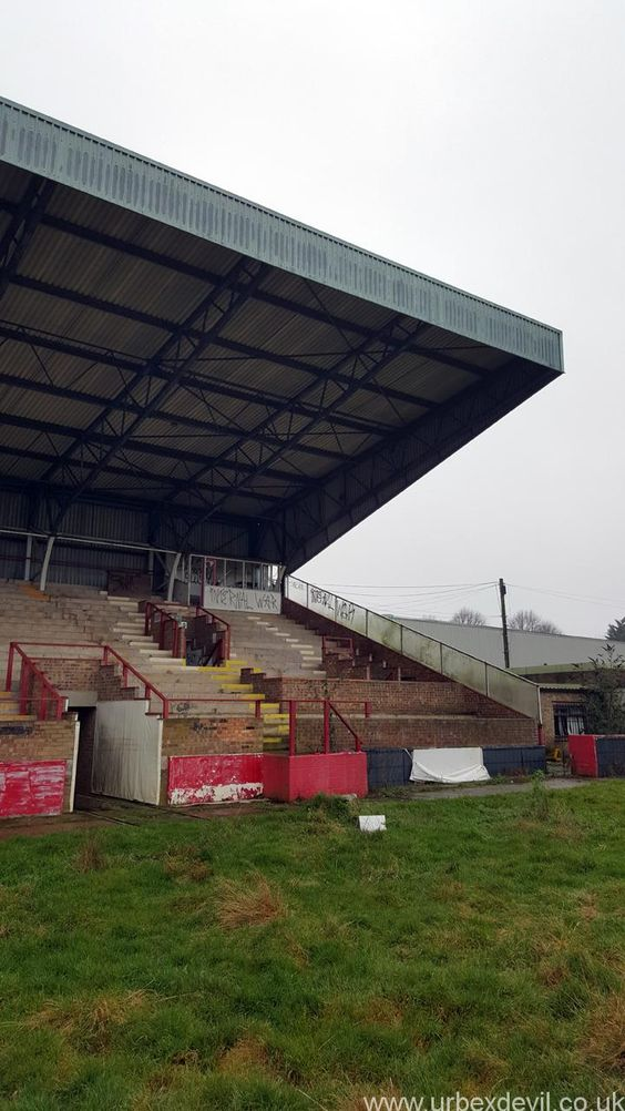 Kettering Town Football Club, December 2015