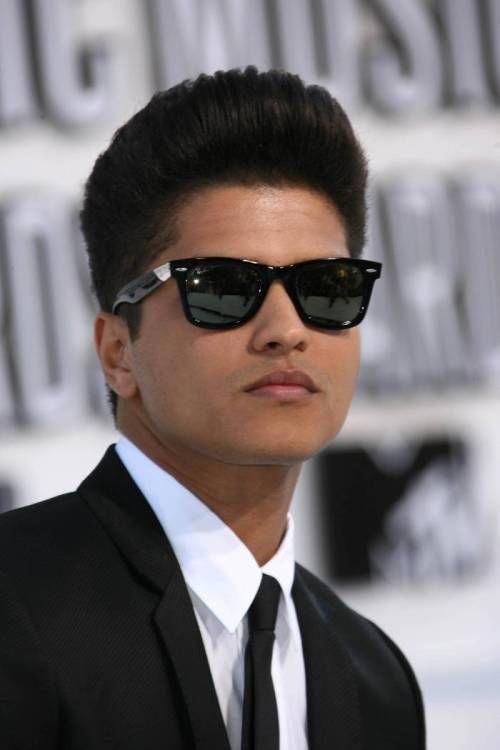 Bruno Mars Hort Hairstyle Menshaircuts Cool Short Hairstyles Mens Hairstyles Short Short Hair Styles