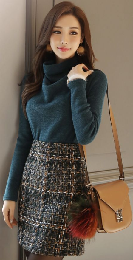 Insanely Cute Women Tweed Outfits