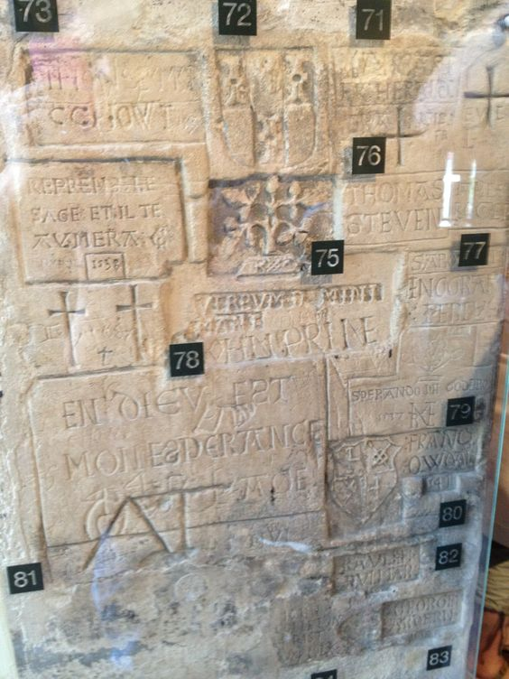 Prisoner graffiti - carved in the walls of Beauchamp Tower at the Tower of London. Eerie!: Beauchamp Tower, Prisoner Graffiti, Graffiti Carved, London Eerie, Ancient Times, London Prisoners
