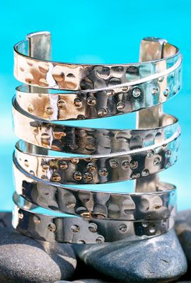 Hammered Criss Cross in Silver Cuff