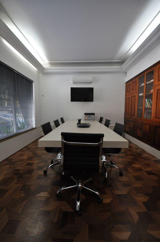 Sala de Reunião Clássica